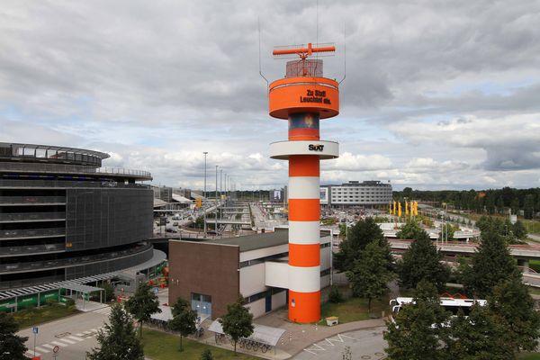 Sixt Radarturm am Flughafen Hamburg