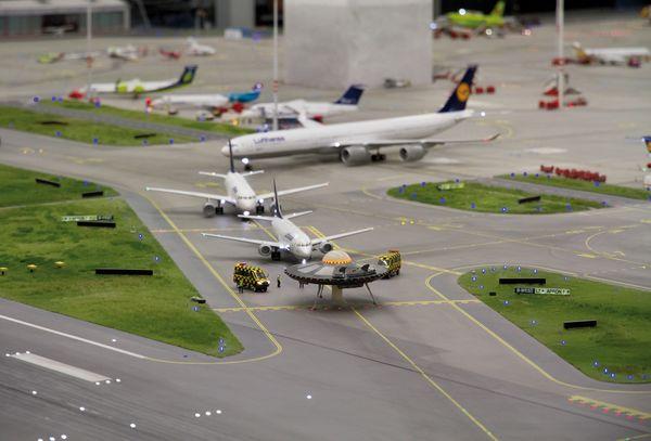 UFO legt Lufthansa lahm