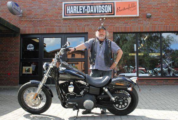 Michael Jaeckel und seine Harley-Davidson Dyna Street Bob