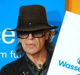 Rockstar Udo Lindenberg sucht Bands für Unicef