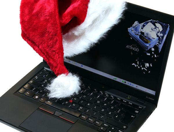 Laptop mit SSD als Weihnachtsgeschenk