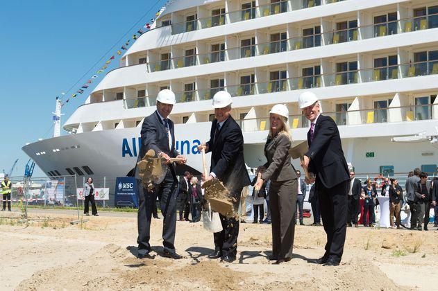 AIDA Cruises feiert ersten Spatenstich für 3. Kreuzfahrtterminal