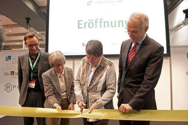 "Bundesumweltministerin Dr. Barbara Hendricks: ""Hamburg ist eine Smart City"""