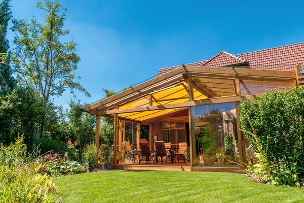 Wintergärten, Markisen, Rolläden und Haustüren von der Sonne Rundum GmbH