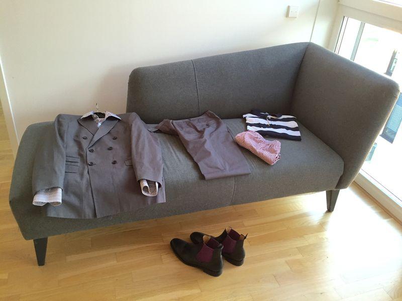 Klassische Mode: Hemden, Anzüge und Schuhe von John Crocket