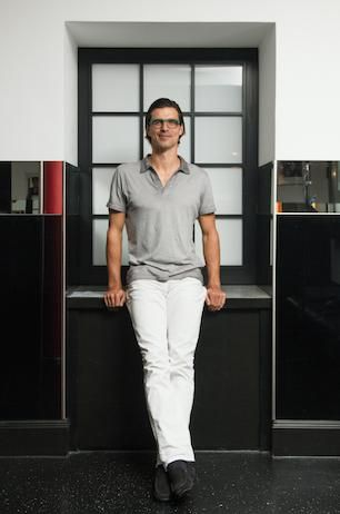 Paul Scharner trägt sein neues Lieblingsteil - das Trevors Choice Shirt Gavin