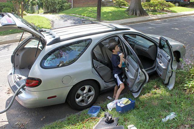 fr hjahrsputz f rs auto 3 tipps seinen wagen auf vordermann zu bringen. Black Bedroom Furniture Sets. Home Design Ideas