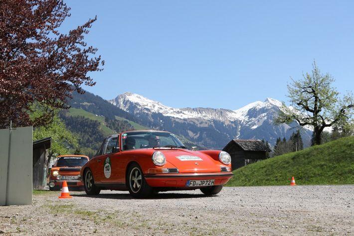Die 6. Bodensee-Klassik 2017 führt die Fahrer auf malerischen Straßen quer durch das Dreiländereck von Deutschland, Österreich und der Schweiz