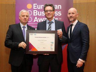 Dr. Warner Popkes, Vorsitzender RSM Deutschland, Michael Stumm, Geschäftsführer ECO System HAUS, Adrian Tripp, CEO European Business Award