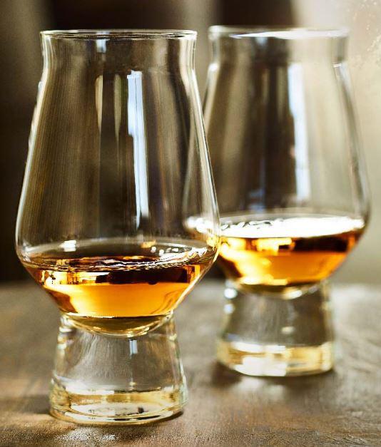 Haus Norderstedt: Haus Am See: Whisky Und Dining