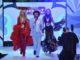 Lambertz Die Supermodels Rosanna Davison (links) und Wilma Elles (rechts) schwingen vom Diskofieber gekonnt das Tanzbein