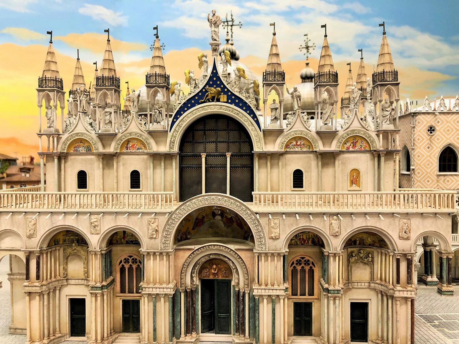 Der Touristenmagnet Hamburger Miniatur Wunderland proudly presents Venedig