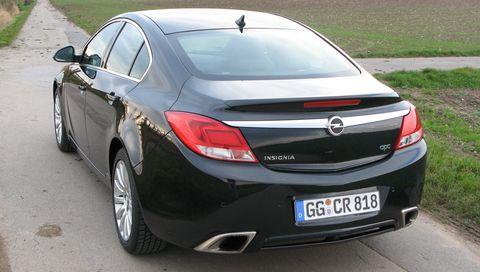 Opel Insignia OPC (mit Winterbereifung)