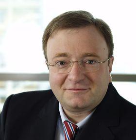Dr. Fritz Moser