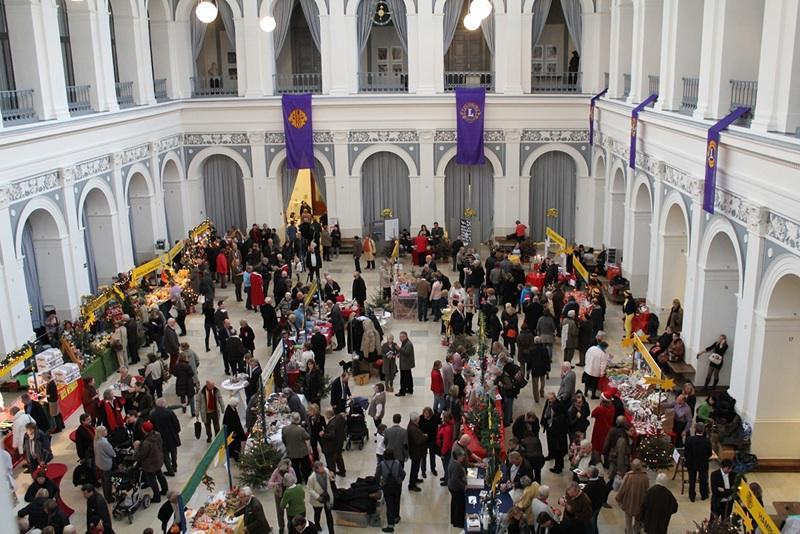 Weihnachtsmarkt des Lions Clubs International in der Handelskammer