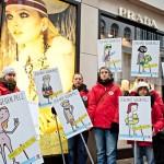 """Hamburg: Aktion der Tierschutzorganisation """"Vier Pfoten"""""""