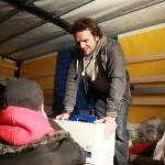 Steffen Henssler: Charity Aktion auf Fischmarkt mit Villeroy & Boch