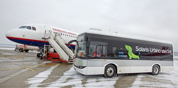 Solaris Urbino Electric auf dem Hamburger Flughafen
