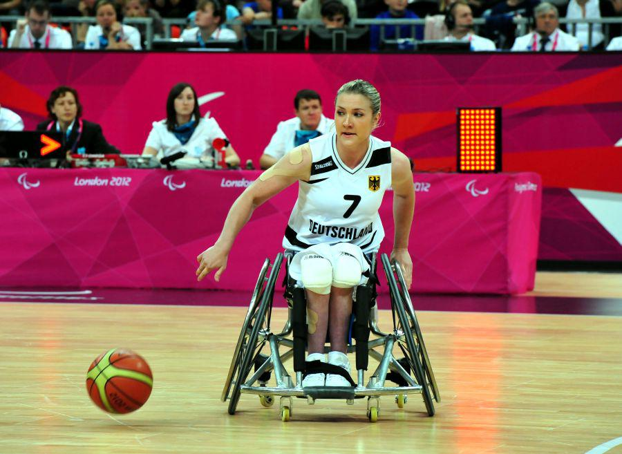 Edina Müller bei den Paralympics 2012 in London