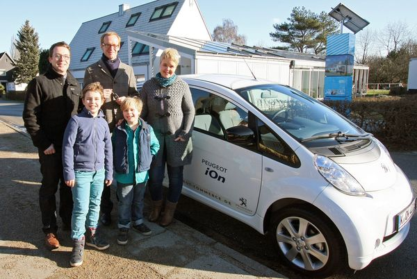 Familie Oldendorf und der Peugeot Ion