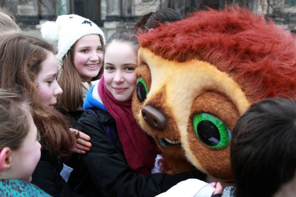 Die Croods: Faultier Belt kommt zum Foto-Shooting nach Hamburg