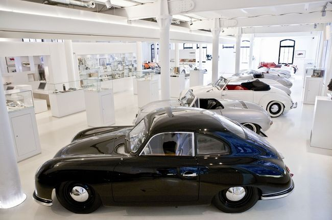 Hamburg: Automuseum Prototyp in der Hafencity