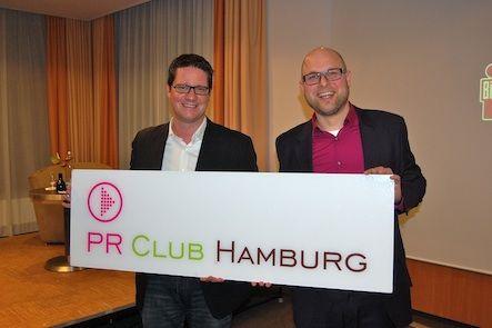 Torsten Panzer (Vorstandsvorsitzender PR Club Hamburg) und Torsten Beeck (Leiter Social Media und Community bild.de)