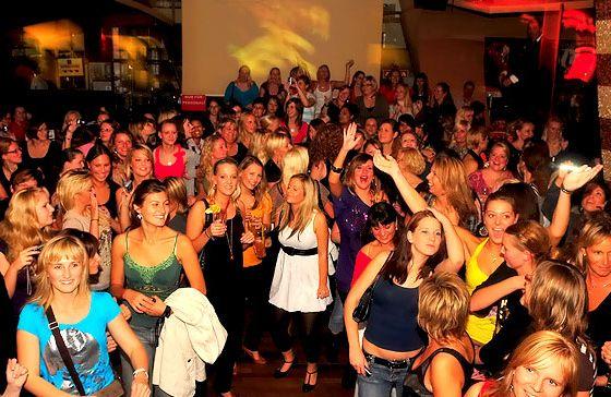 Ladies aufgepasst: Golf Lounge lädt zum Mädelsabend