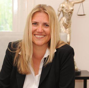 Verkehrsanwältin Dr. Daniela Mielchen