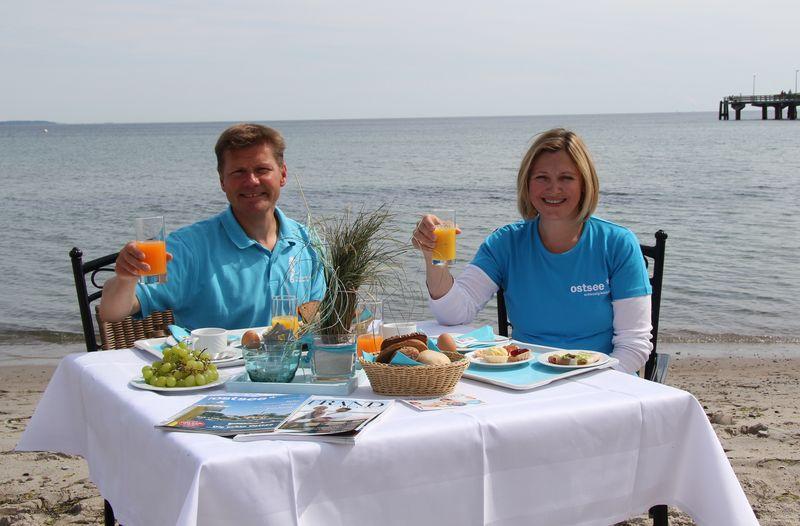 Joachim Nitz, Geschäftsführer Timmendorfer Strand Niendorf Tourismus GmbH und Katja Lauritzen, Geschäftsführerin Ostsee Holstein Tourismus e.V.