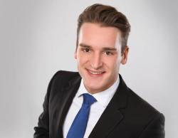 Kristof Schütze-Buzello - Assistant Development