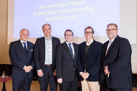 Referentengruppe um Initiator beim 16. Eppendorfer Dialog zur Gesundheitspolitik am UKE in Hamburg
