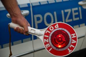 Richtiges Verhalten bei Alkoholkontrollen im Verkehr kann unangenehme rechtliche Folgen entscheidend