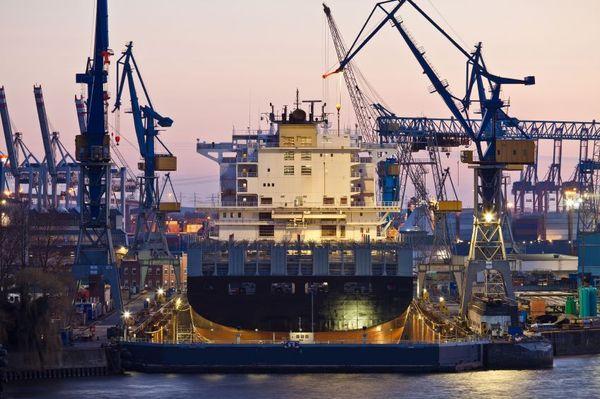 Auch der Hamburger Hafen leidet unter Fachkräftemangel