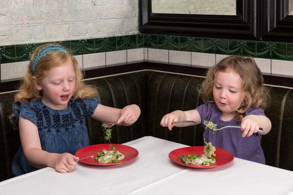 Kinder im Restaurant - nicht jeden Hamburger Gastronomen freut es