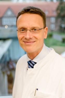 PD Dr. Carsten Schneider