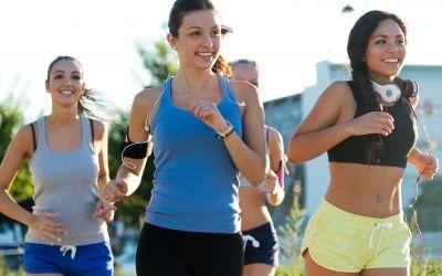 Aber nicht jeder hat Lust zu Joggen - der Crosstrainer ist eine wunderbare ebenso kalorienkillende Alternative