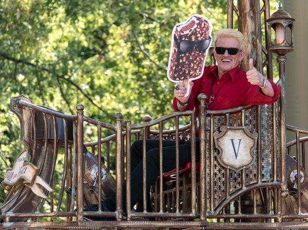 Heino feierte am 30. August 2015 80 Jahre Langnese im Europa-Park Rust