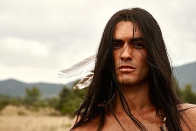 Nik Xhelilaj übernimmt die Rolle des Winnetou