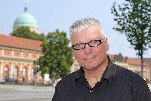"""Stefan Meltzer, Autor von Fachartikeln und """"Ratgeber Gefahrenabwehr"""""""