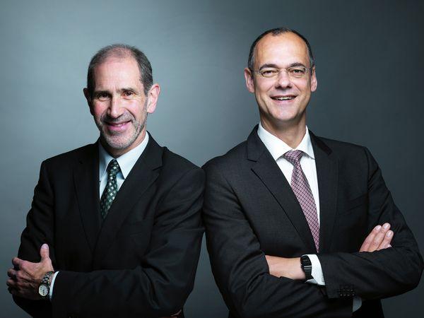 orstandsteam der Sparda-Bank Hamburg eG: Vorsitzender Bernhard Westerhoff (links) und sein Stellvertreter Oliver Pöpplau