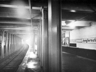 85 Jahre U-Bahn-Haltestelle Jungfernstieg
