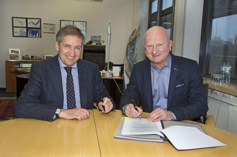 Michael Eggenschwiler, Vorsitzender der Geschäftsführung am Hamburg Airport, Raoul Spanger, Geschäftsführender Direktor Retail bei Gebr. Heinemann