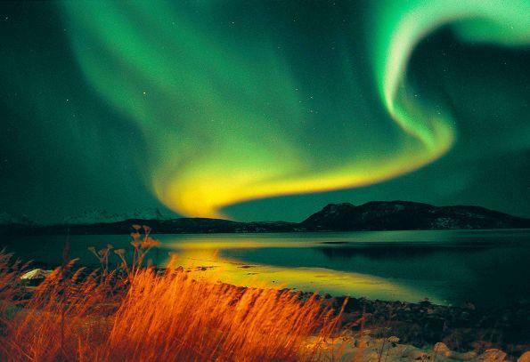 Fast schon surreal schön - das Nordlicht