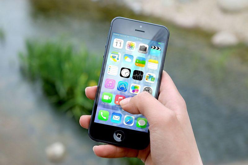 Probleme mit Festnetz, Mobilfunk und Internet