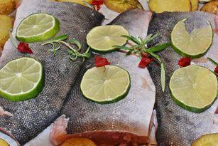 Lecker und gesund - Lachs enthält Omega3-Fettsäuren