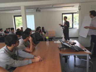Schülergruppe aus Taiwan zu Besuch in Hamburg
