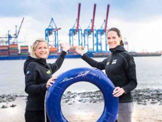 Kira Walkenhorst und Laura Ludwig taufen die neue Mein Schiff 1