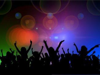 Party ohne Ende auf der Reeperbahn