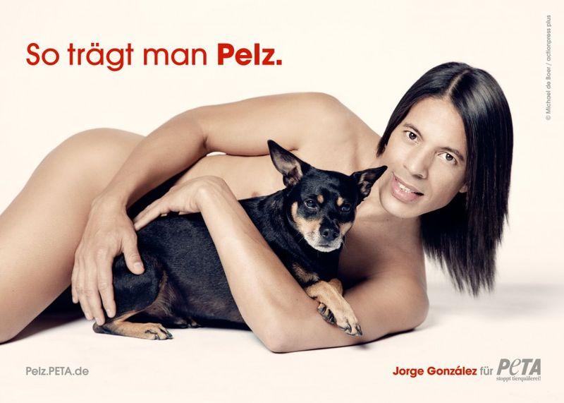 """""""So trägt man Pelz"""": Jorge González mit Hund Willie für neue Peta-Kampagne"""